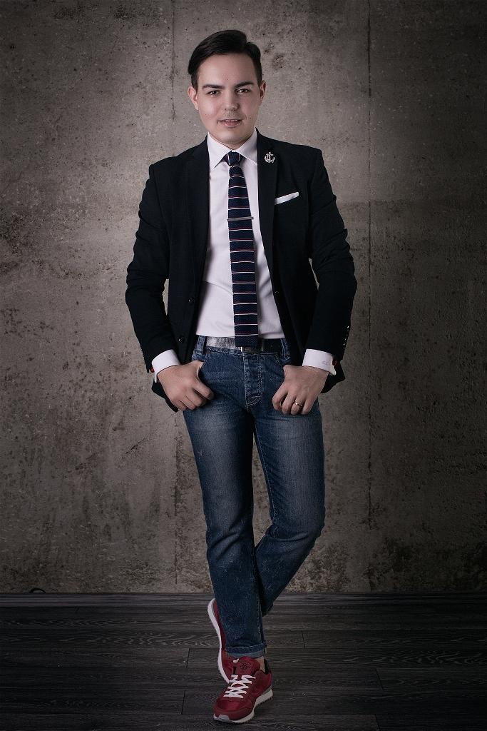 exploreblogirvd.gq este un magazin online cu haine pentru barbati si multe alte accesorii vestimentare. exploreblogirvd.gq oferta TRANSPORT GRATUIT la orice comanda plasata pe site, indiferent de valoarea acesteia.