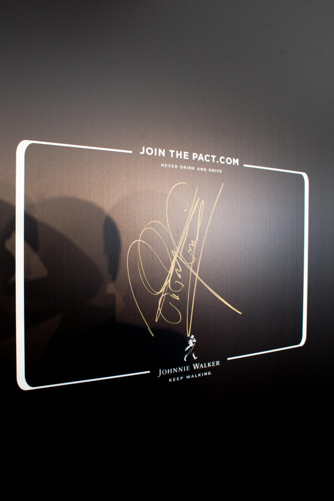 Mika Hakkinen's Join The Pact Signature